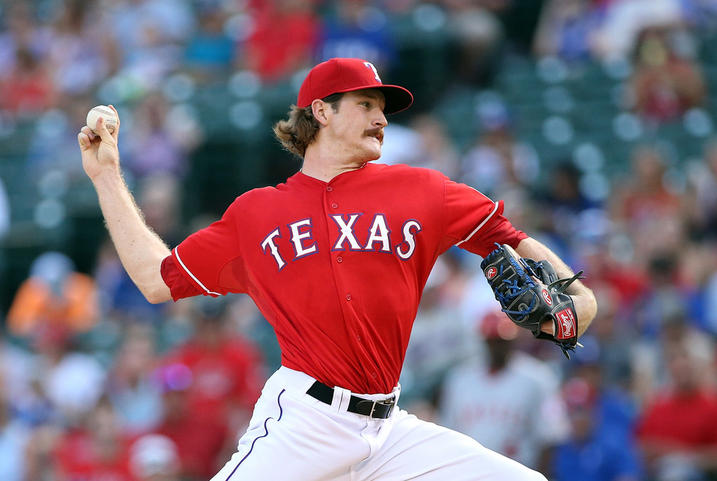Miles Mikolas, Hyeon-Jong Yang and Hideaki Wakui are all potential international pitching options for the Milwaukee Brewers in 2018.